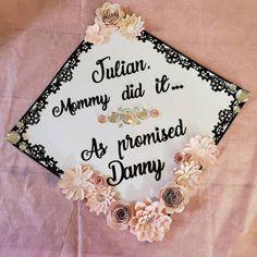 Fancy graduation cap topper