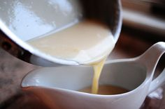 Whiskey Maple Cream Sauce {to serve with my pecan pie on Thanksgiving!} WOW THIS SAUCE IS AMAZING.