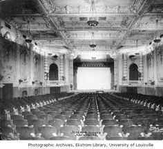 Majestic Theatre, interior facing stage. :: Images of Kentucky and Environs