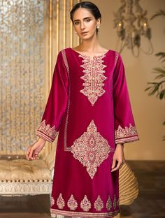 Khas Luxury Pret Formal Silk & Velvet Kurtis Collection 2020 contains embroidered winter formal shirts with organza duappatas and awesome stitching styles Latest Fashion Trends, Fashion Brands, Fancy Buttons, Velvet Dresses, Creative Shirts, Off White Color, Festival Outfits, Comfortable Outfits, Everyday Fashion
