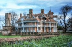 Texas oldest mansion , northwest of Fredericksburg TX. The Seaquist house is the oldest standing mansion in the entire state of Texas 1887 Texas Mansions, Old Mansions, Abandoned Mansions, Abandoned Places, Abandoned Houses, Mason County, House Foundation, Texas Travel, Texas Tourism