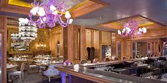 Glamorous restaurant and wine bar in Miami Beach that has hosted Frank Sinatra, Richard Nixon and Judy Garland: The Forge