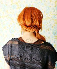 Twisted Side Ponytail Tutorial #diy #hair