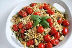 Tomato Basil Chicken Fettuccini ~ use a rotisserie chicken and this comes together in less than 20 minutes!