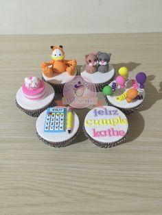 Cupcakes para cumpleaños, con mensaje, para contador y con gatos. Garfield