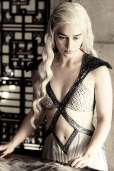 I'm so happy she's hot again! Game of Thrones #GameofThrones #GoT #Fashion