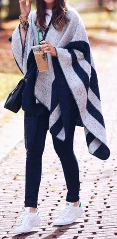 Fall Outfits To Inspire You Outfits Otoño, Sunday Outfits, Casual Outfits, Fashion Outfits, Cold Weather Outfits, Fall Winter Outfits, Autumn Winter Fashion, Fall Fashion, White Sneakers Outfit