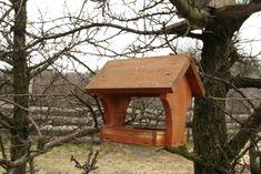 Téli madáretetés | Magyar Madártani és Természetvédelmi Egyesület Bird, Outdoor Decor, House, Home Decor, Wood, Decoration Home, Home, Room Decor, Birds