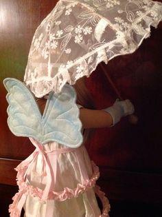 Isabelle wears NOLA