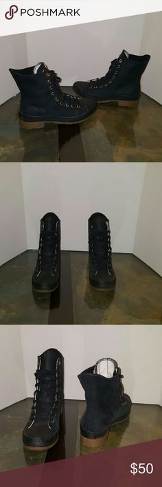 "Converse boots Black leather boots,peanut butter (rubber bottom)3.4""high.Very nice boots,wore a couple of times still in great condition,good for snow and rain. no trades,No returns Converse Shoes Winter & Rain Boots"