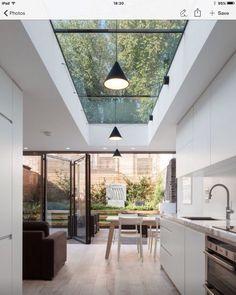 In het platte dak mag uiteraard ook een koepel/glazen dak!