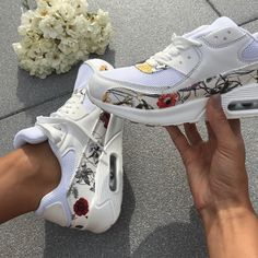 Air Flowers Sport, Huaraches, Nike Huarache, Sneakers Nike, Flowers, Fashion, Knee High Boots, Ankle Boots, Sandals