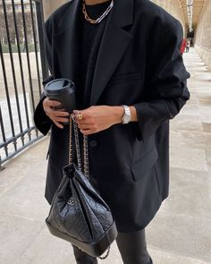 13 Adorable Fashion Hacks Diy Stupefying Ideas.Fashion Tips Color Look Fashion, Womens Fashion, Fashion Trends, Fashion Ideas, Runway Fashion, Fashion Tips, Look Blazer, Look Street Style, Omega Constellation