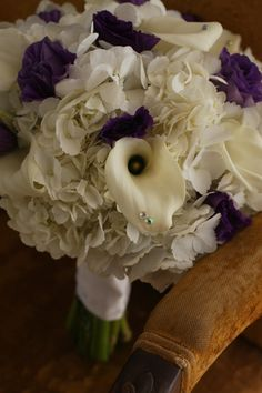 For Bridesmaids with a bit more purple KellysFlowers_White Hydrangea with Purple Lisianthus and Calla Lily Bridal Bouquet. Calla Lily Bridal Bouquet, Bridal Flowers, Wedding Bouquets, Boquet, Cadbury Purple Wedding, Diy Wedding, Dream Wedding, Wedding Ideas, Centerpiece Rentals