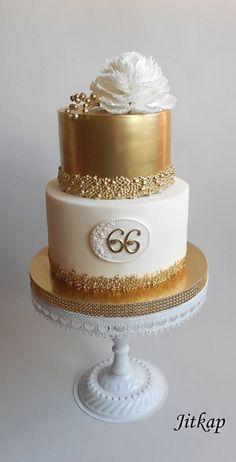 Golden birthday cake - cake by Jitkap Elegant Birthday Cakes, Golden Birthday Cakes, 90th Birthday Cakes, Birthday Cake For Women Elegant, 60th Birthday Cake For Ladies, Bolo Glamour, Birthday Cake Ideas For Adults Women, Bolos Naked Cake, 50th Anniversary Cakes