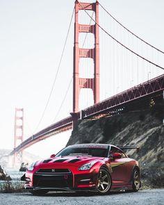 Fast Sports Cars, Fast Cars, Sport Cars, Nissan Gtr R35, Nissan Gtr Skyline, Nissan Gtr Wallpapers, Phone Wallpapers, Bugatti, Ferrari