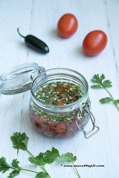 Aji (Colombiaanse salsa) Barbecue Pit, Tapenade, Hot Sauce, Pesto, Stuffed Peppers, Homemade, Fresh, Recipes, Spreads
