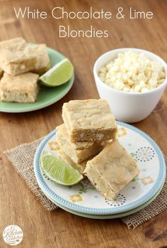 White Chocolate and Lime Blondies Recipe Cookie Desserts, Fun Desserts, Delicious Desserts, Dessert Recipes, Yummy Food, Bar Recipes, Citrus Recipes, Sweet Recipes, Deserts