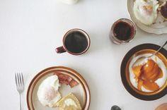 Minimalist Breakfast.