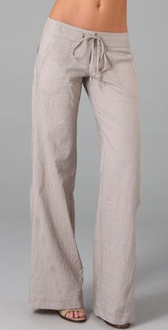 In love with these oversized pants, would be so comfy in the summer