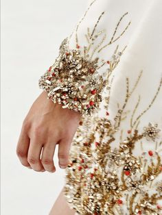 tanjazy:  Chanel HC FW15.