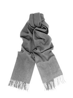 Une écharpe en cachemire Echarpe Cachemire, Sac Bowling, Kit De Survie,  Foulards, bc4f8a42d499
