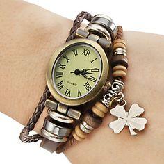 Women's Vintage Style Four Leaf Clover Pendant Brown Leather Band Quartz Bracelet Watch