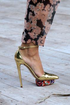 Del Pozo Gold Metal & Floral Sandal Fall 2012 #Shoes #Heels
