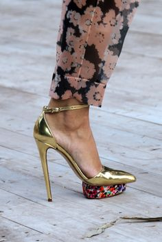Del Pozo Gold Metal & Floral Sandal Fall 2012 #Shoes #Heels
