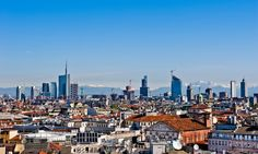 Milan Skyline | New panoramic skyline in Milan 2012. The picture was taken from the ...