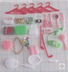 I remember these! Always too small for Barbie lol 1980s Childhood, Childhood Days, 1980s Toys, Retro Toys, Vintage Barbie, Vintage Dolls, Accessoires Barbie, Barbie Dolls, 1980s Barbie