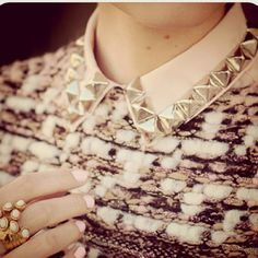 detachable collars.
