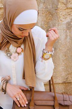 بالصور: ١٠ أفكار للفات طرح عصرية وأنيقة  #Fashion #Hijab #Fustany