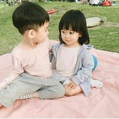 Cute Asian Babies, Korean Babies, Asian Kids, Cute Babies, Little Babies, Baby Kids, Baby Boy, Sisters Goals, Ulzzang Kids