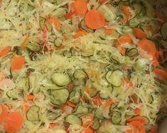 Csalamádé savanyúság télire   Szabad Antalné /Juditmama receptje - Cookpad receptek Cabbage, Vegetables, Food, Essen, Cabbages, Vegetable Recipes, Meals, Yemek, Brussels Sprouts