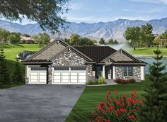 Craftsman House Plan with 1971 Square Feet and 3 Bedrooms from Dream Home Source | House Plan Code DHSW076367
