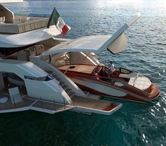 What I call a combination Yacht