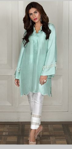 38 ideas dress velvet fashion for 2019 Pakistani Fashion Casual, Pakistani Dresses Casual, Pakistani Dress Design, Indian Fashion, Kurti Pakistani, Kurti Designs Pakistani, Pakistani Long Kurtis, Pakistani Dresses Online Shopping, Korean Fashion