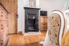 3 bedroom cottage for sale in Thurgarton - Rightmove. Formal Dining, Home Appliances, Cottage, Wooden Flooring, Home Decor, Handmade Kitchens, Property For Sale, Open Fireplace, Bedroom