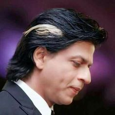 💖💗💛💙💕💞😘😍💜💓💘 Shahrukh Khan Family, Richest Actors, King Of Hearts, Sexy Men, Bollywood, Heart Beat, Islamic Art, Hair Styles, Pictures