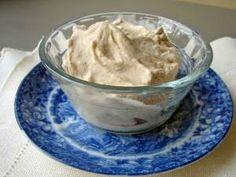 Spicy honey ice cream and almond coconut ice cream