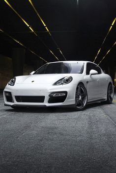 Porsche Panamera…..really, really, thinking about it. after all, the Queen does deserve this baby…totally!  | followpics.co