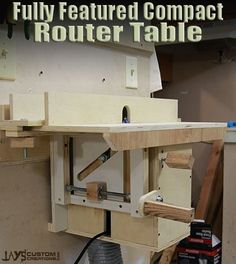 "I think a router table is one of those tools that we often think ""Bigger is Better!"" And the ideal standard seems to be Norm's huge router table from The New Yankee Workshop. Router Lift, Router Woodworking, Easy Woodworking Projects, Woodworking Tools, Jays Custom Creations, French Cleat System, Router Accessories, Router Table Plans, Workshop Organization"