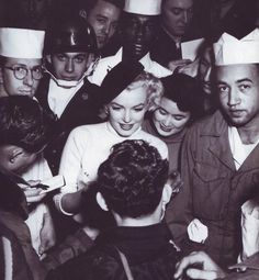Marilyn Monroe in Japan, 1954