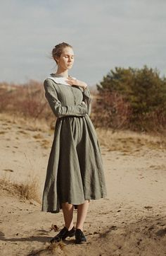 Eerbare kleding. Modest clothing / dressing. Son de Flor shop. Linen Dress Khaki Green Women Fashion Hand Made by SondeflorShop