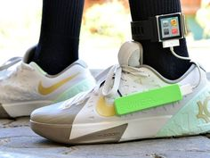 Make your own electricity-generating sneakers
