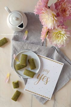 Matcha, Place Cards, Place Card Holders, Desserts, Saveur, Chocolate Truffles, Candy Bars, Tailgate Desserts, Deserts