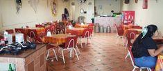 """Tortas Ahogadas y Carnitas """"El Jona"""" Carnitas, Conference Room, Furniture, Home Decor, Chicken, Food Cakes, Decoration Home, Room Decor, Home Furnishings"""