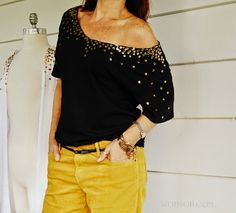 I love sequins. The sparkle and shimmer. They are so mesmerizing to look at. Clumping them together gives an even more mesmeri. Tommy Ton, Shirt Refashion, T Shirt Diy, Clothes Refashion, Diy Clothing, Sewing Clothes, Embellish Clothing, Clothing Patterns, Meme Design