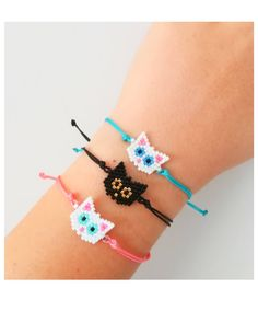 Beaded Jewelry Patterns, Bracelet Patterns, Beading Patterns, Bead Loom Bracelets, Beaded Animals, Bead Jewellery, Pony Beads, Loom Beading, Beaded Flowers